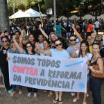 Manifestação denuncia ataque contra o direito à aposentadoria - foto Robson Meireles