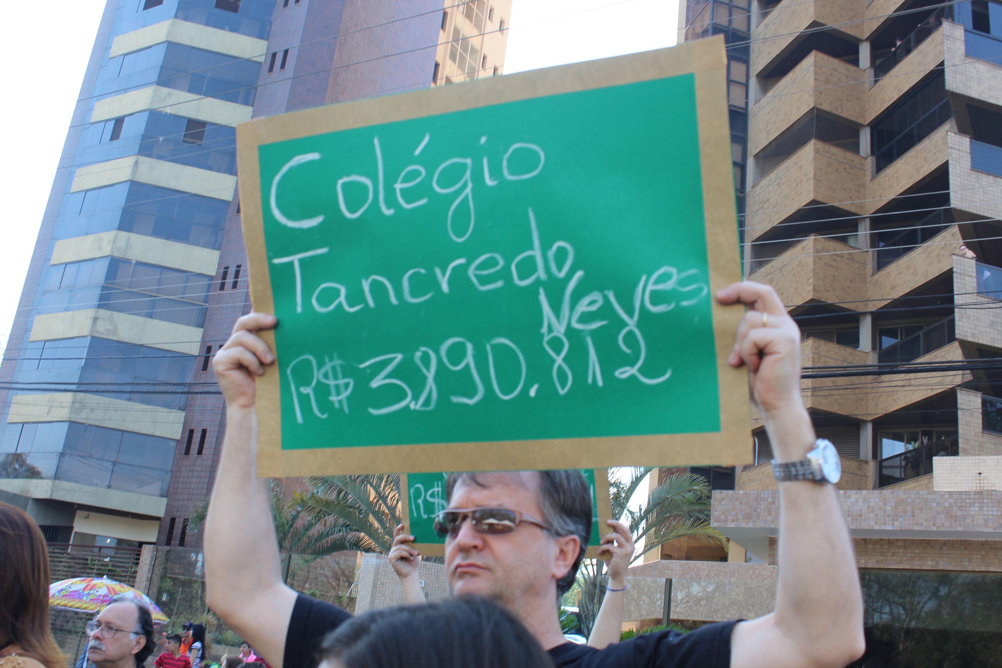 manifesto 07