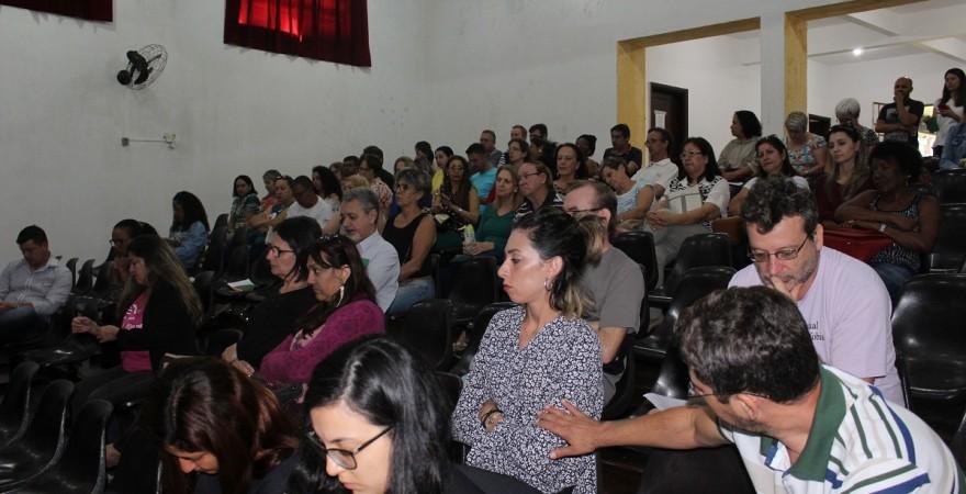 Categoria elege representantes de base e aprova construção da mobilização em defesa dos direitos