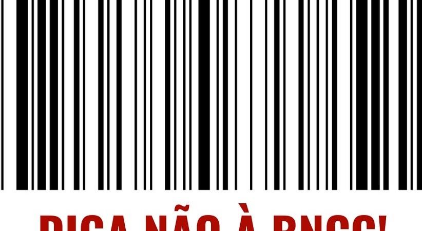 APP-Sindicato/Foz distribui 40 mil cartas sobre ataques da BNCC e da Reforma do Ensino Médio