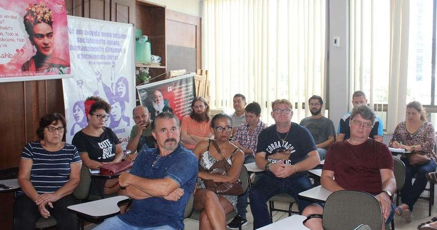 Educadores(as) da base da APP-Sindicato/Foz definem mobilizações