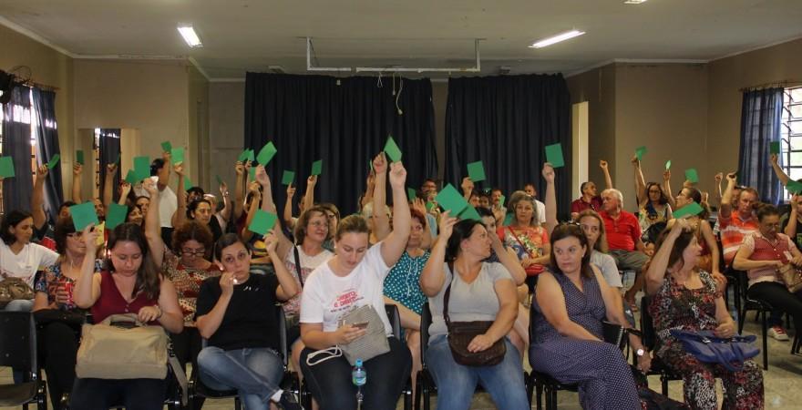 APP-Sindicato/Foz convoca educadores(as) para assembleia regional