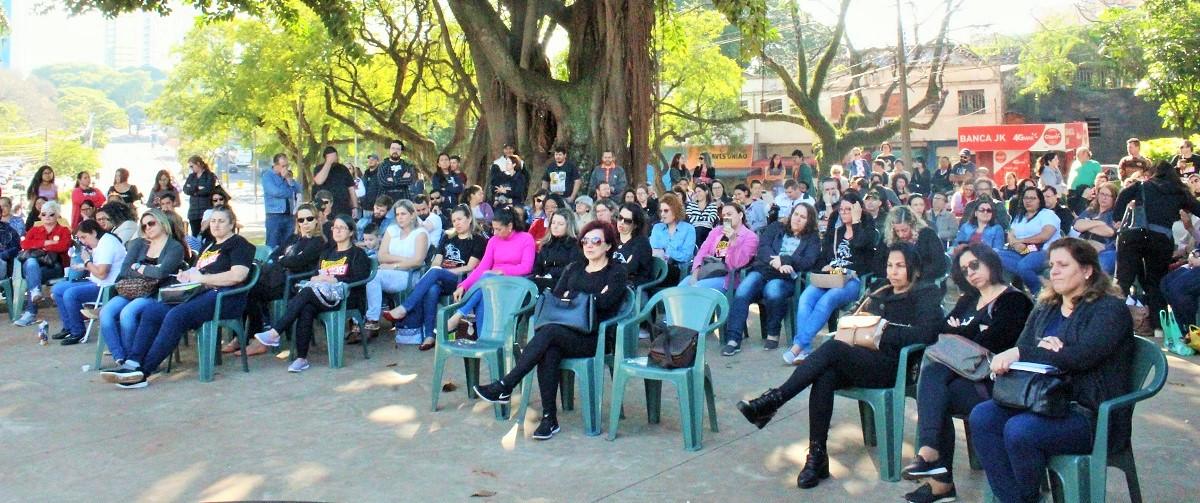 QG na Praça da Paz é o espaço de reunião e mobilização dos educadores em greve - foto Assessoria