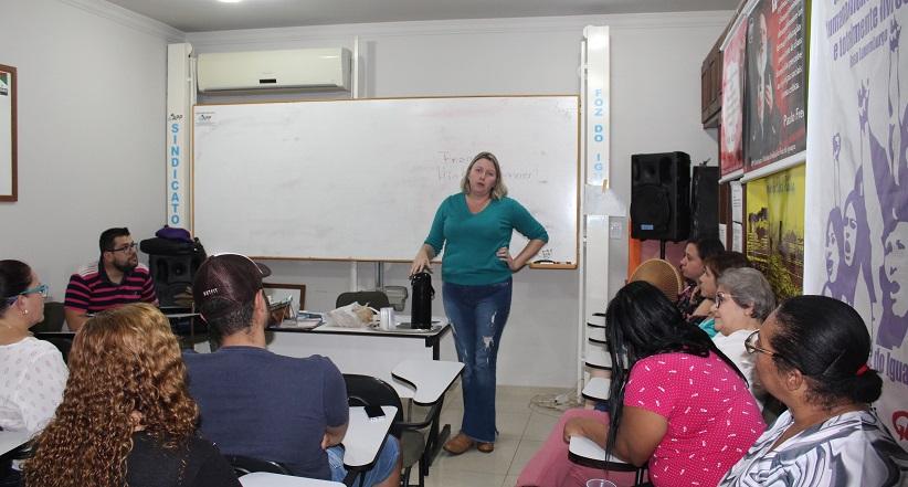 Educadores(as) PSSs formam coletivo e reafirmam luta contra a prova da SEED
