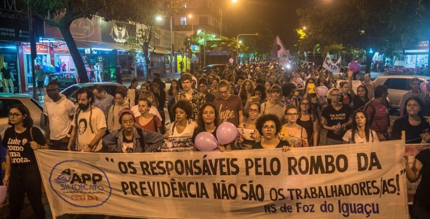 Entidades iniciam organização da Marcha das Mulheres em Foz