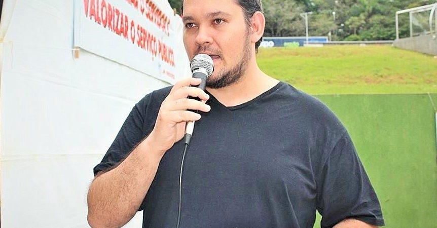 """Os """"parasitas"""" e o vírus: opinião de Diego Valdez, presidente da APP-Sindicato/Foz"""